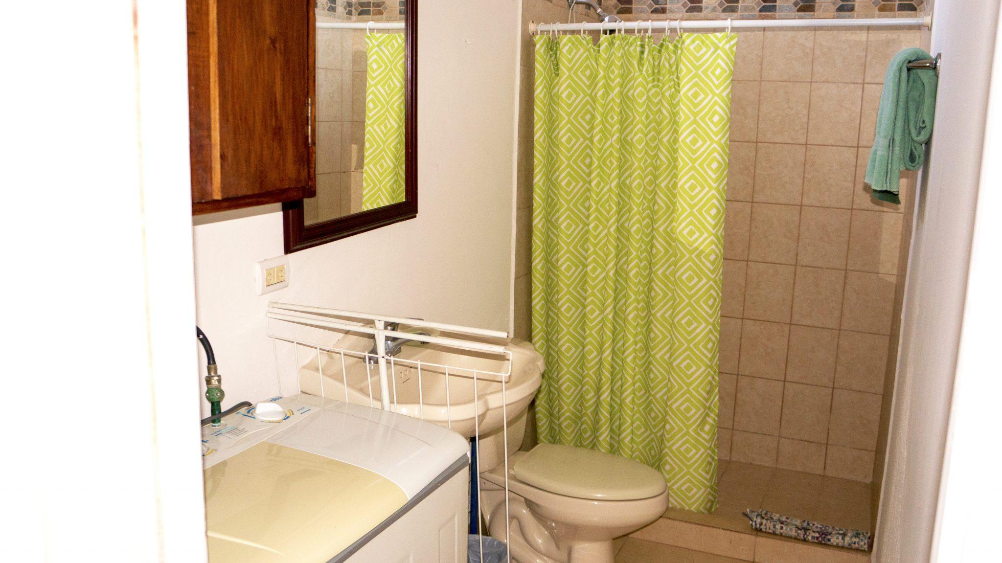 PL4 - Bathroom