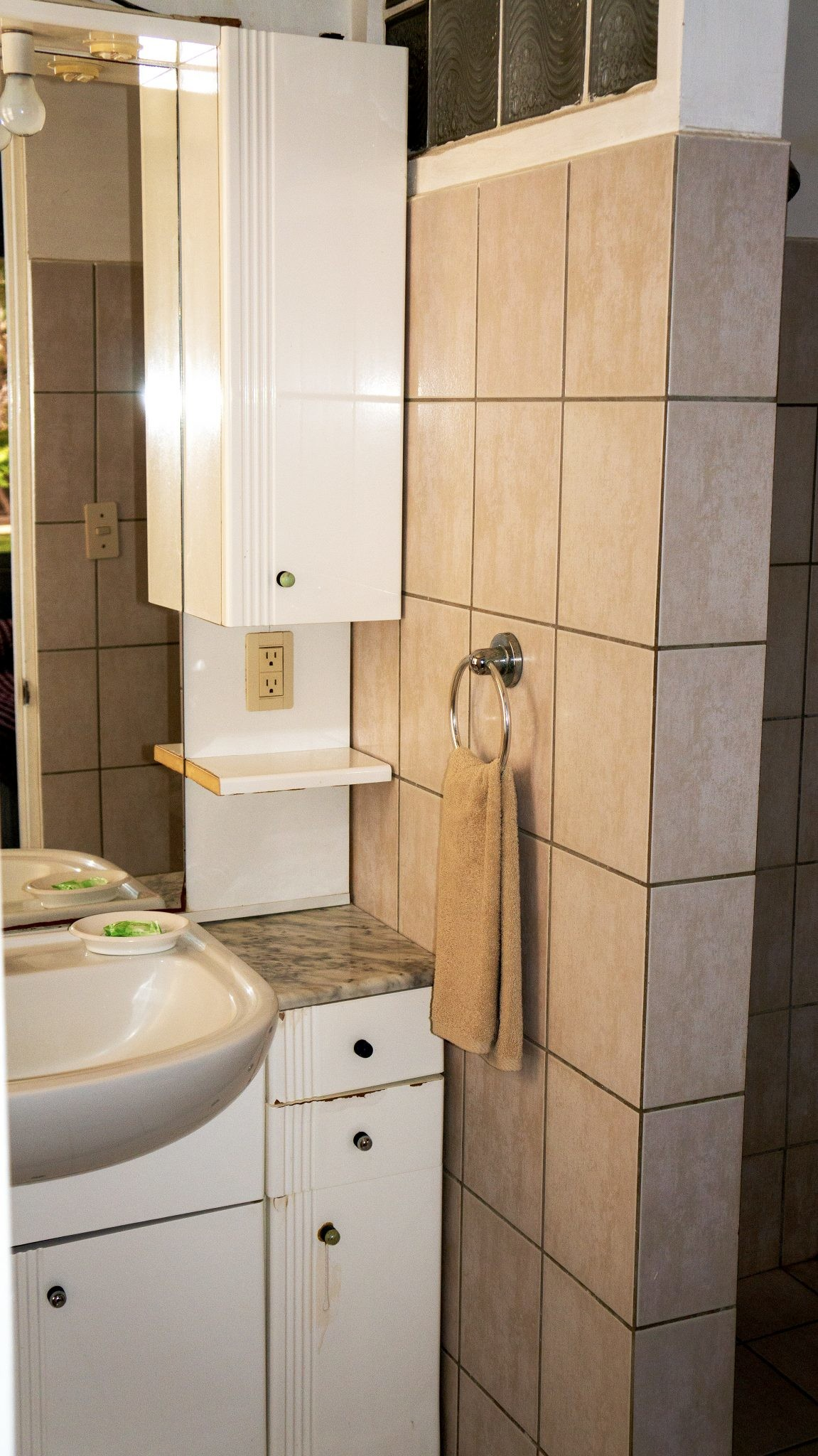 BL30 - Bathroom
