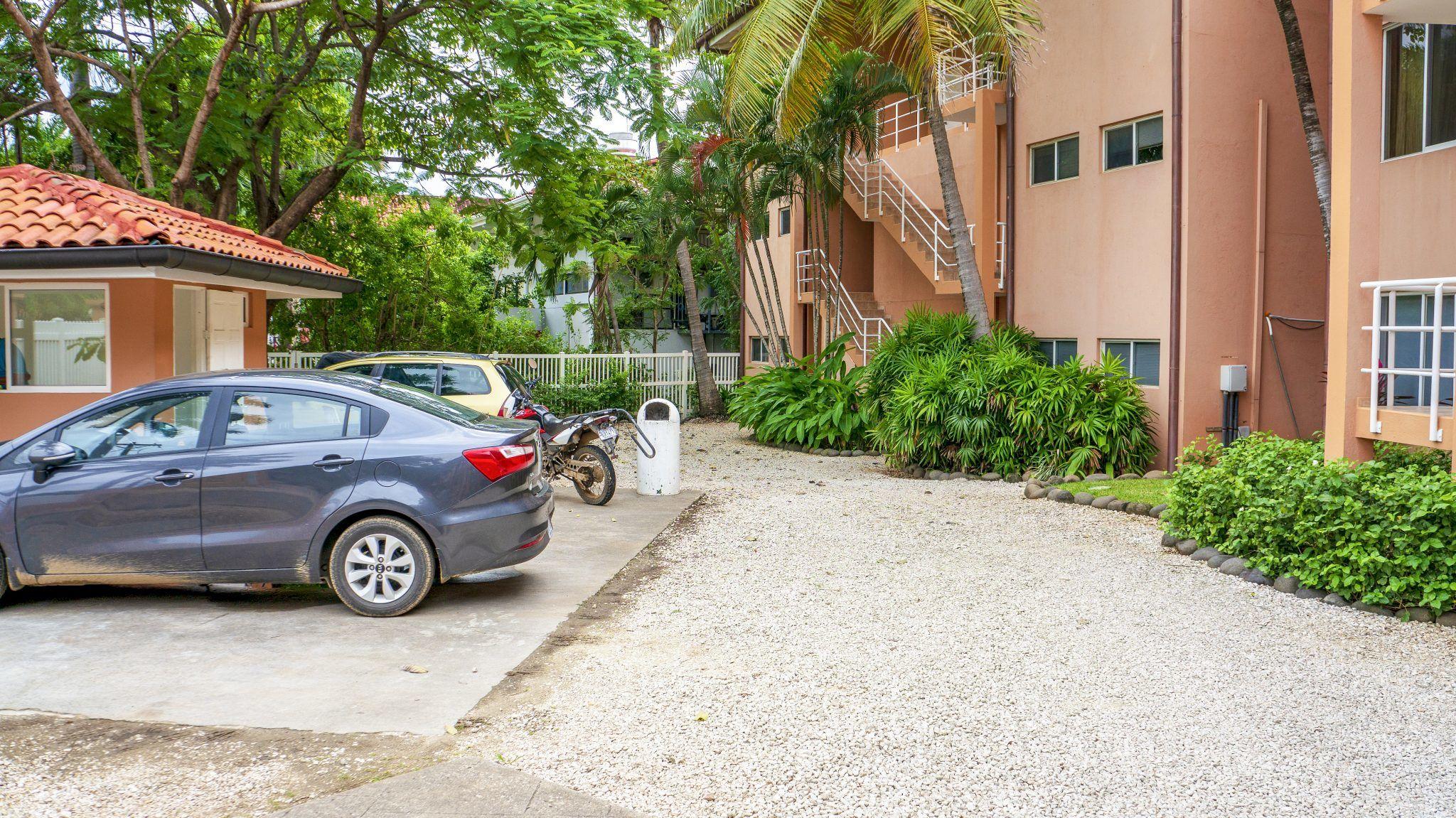 BL Common - Parking
