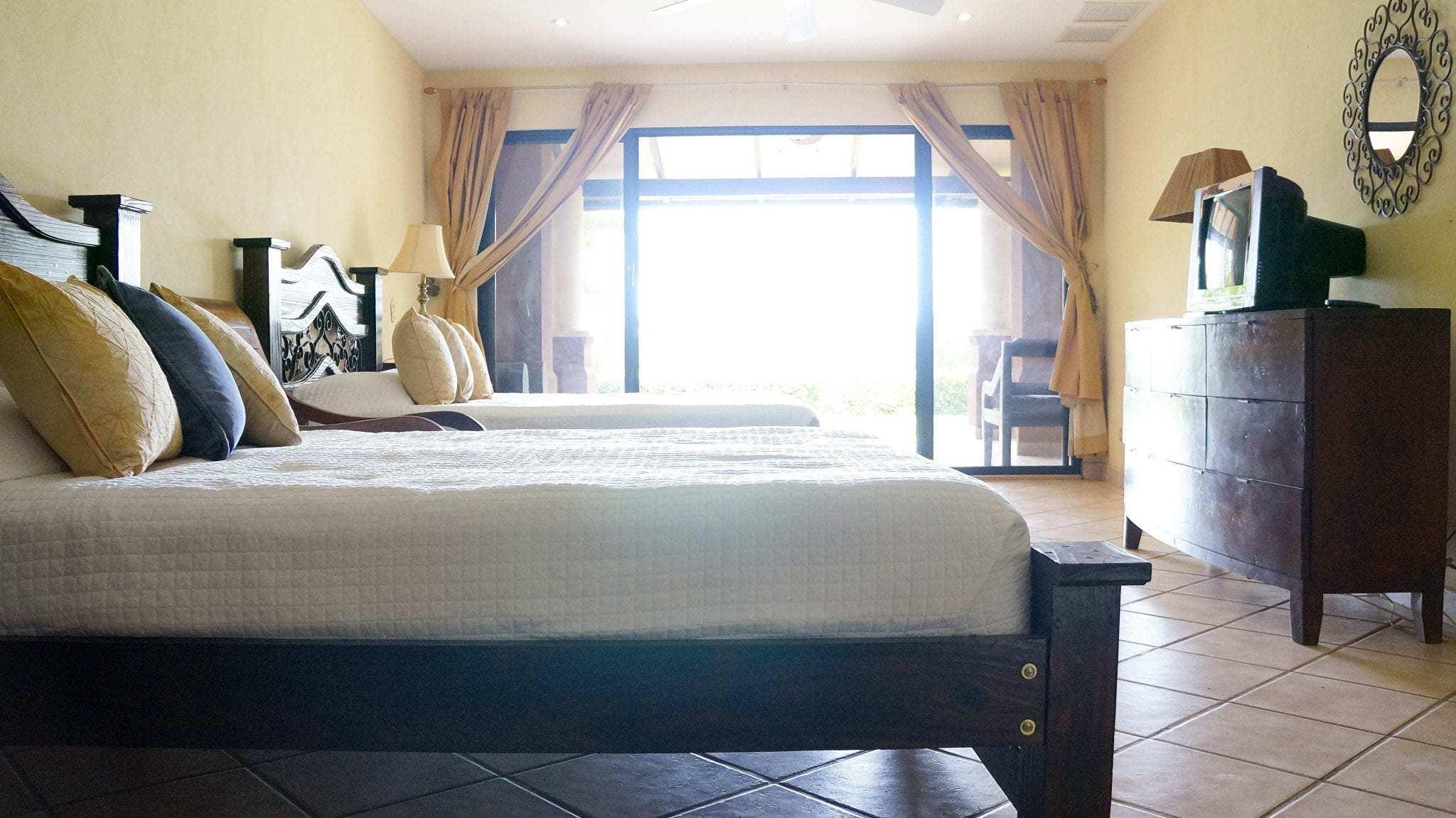 D512 - Bedroom