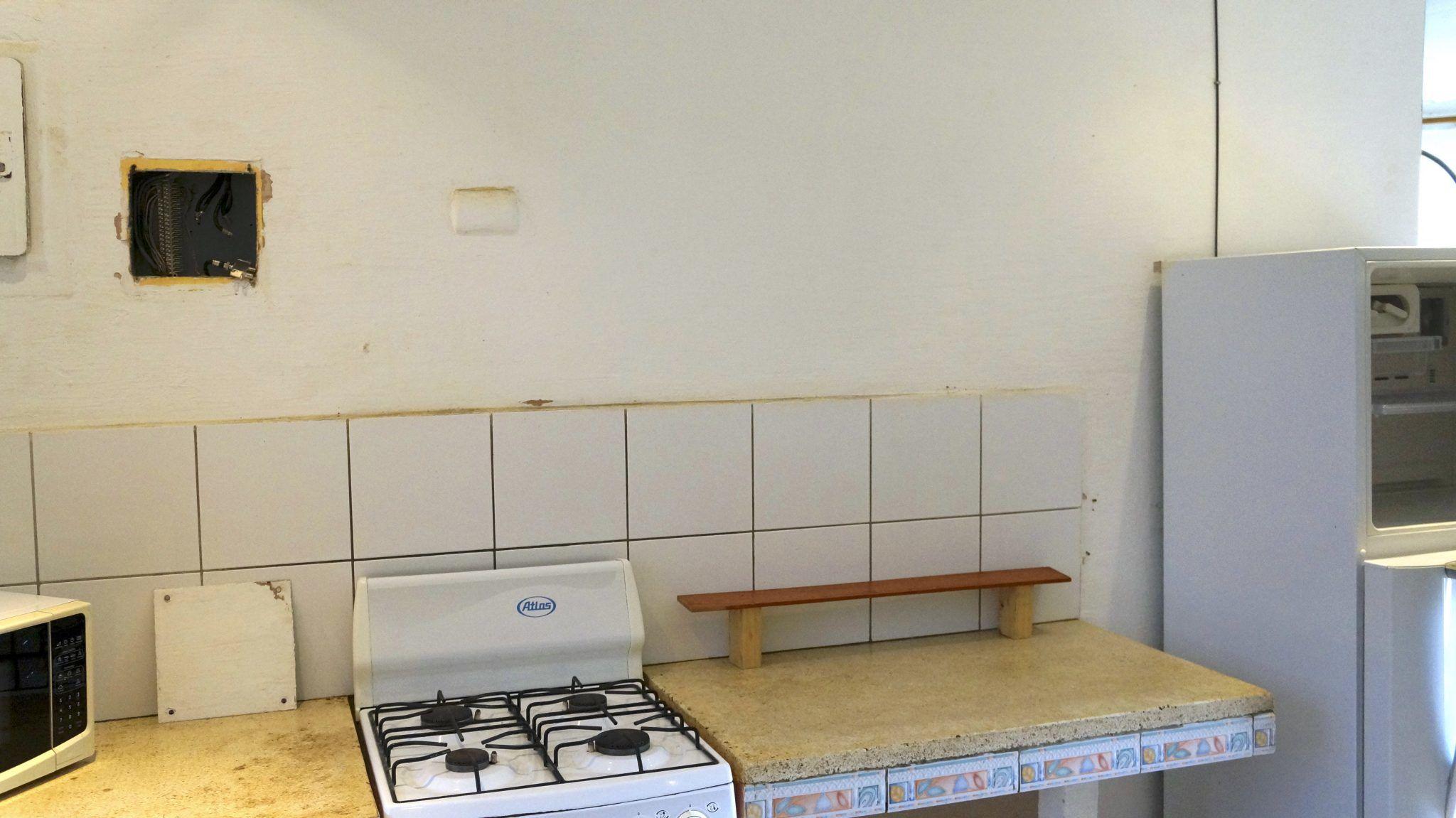 E14 - Kitchen