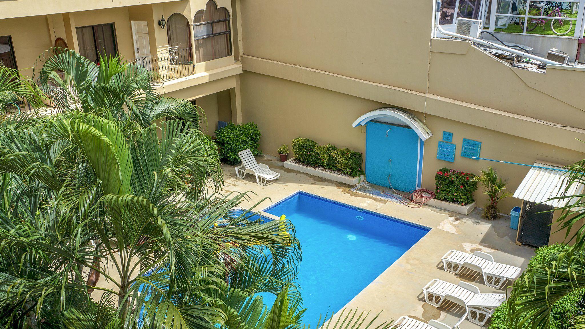 E14 - Balcony Pool View