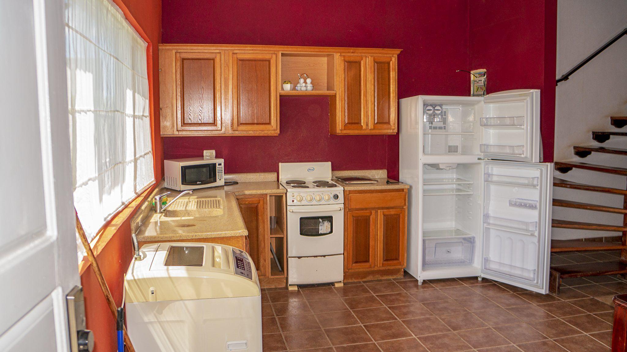 LC17 - Kitchen