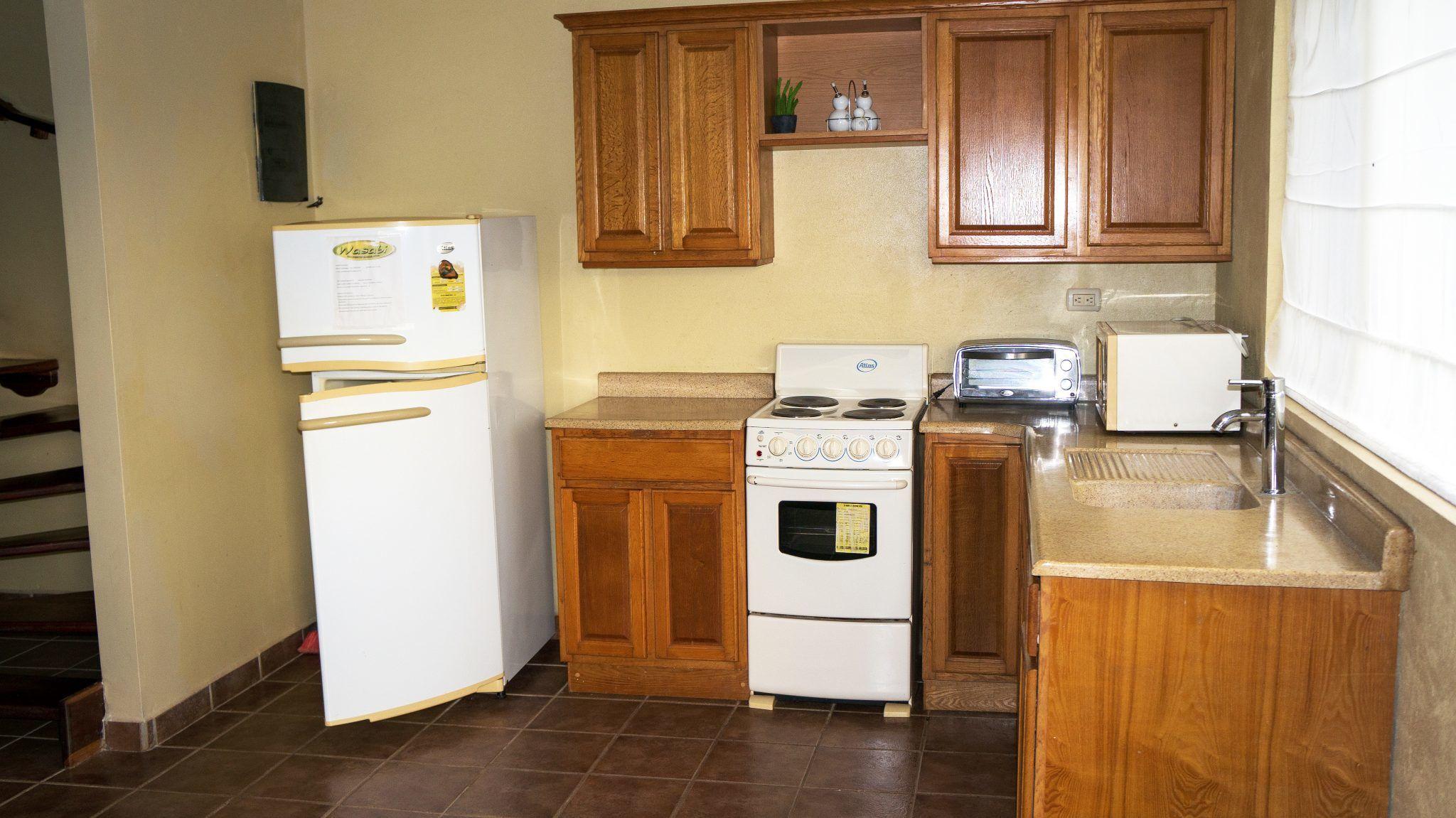 LC18 - Kitchen