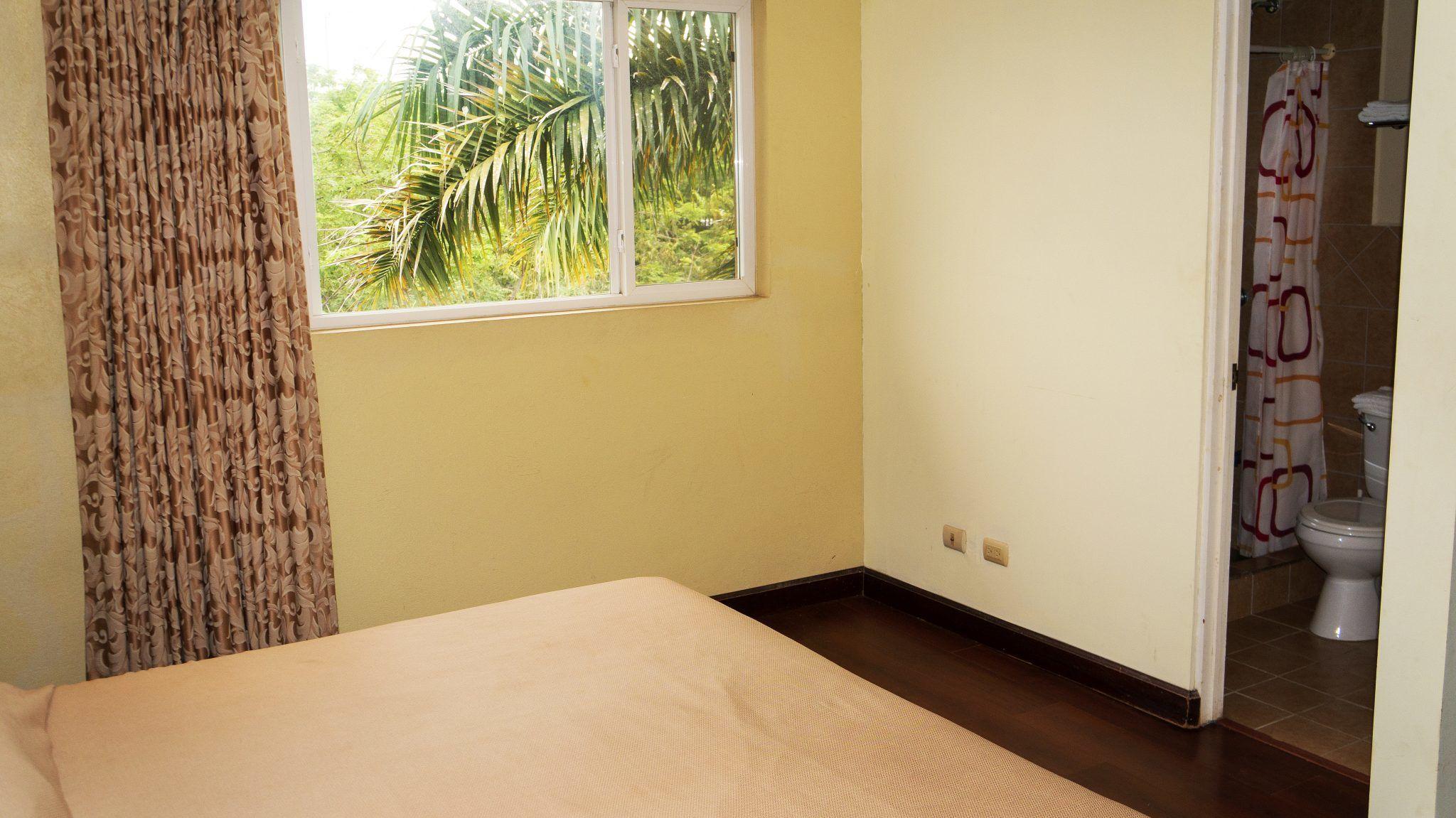LC20 - Bedroom