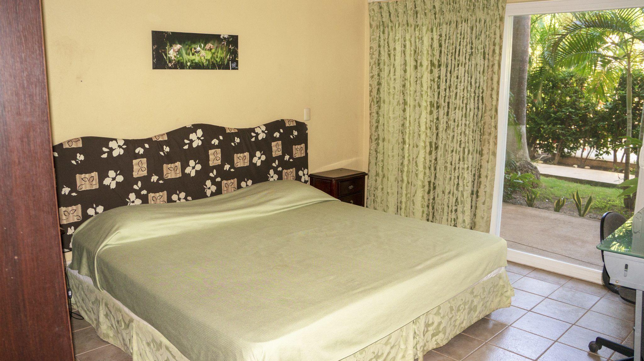 LC4 - Bedroom